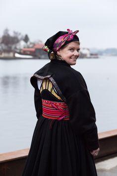 Beltestakk Folk Costume, Costumes, Folklore, Norway, Ethnic, Freedom, Dolls, Outfits, Beautiful