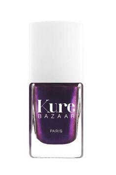 Las 20 manicuras para una fashion victim. Catwalk, tu esmalte de pasarela  Kure Bazaar es una de las firmas de lacas de uñas más eco-friendly que existen pero también de las que más se preocupan por las tendencias. Su tono más fashionista es Catwalk, un violeta oscuro metalizado perfecto para fiestas. ¡Cómpralo online!