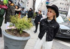 The Best Street Style Photos From New York Fashion Week Fall 2018
