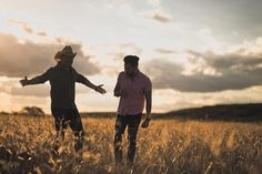 Leve o melhor do sertanejo para a sua festa de casamento, com esta dupla super talentosa: @sergioerodrigo! Eu adoro e vocês? ❤😍 #vivavoucasar #casamento #weddinginspiration #wedding #casar #bride #bridal #ido #weedibglovers #inspiration #noiva #noivas #noiva2016 #noiva2017 #noivo #ideiasparacasamento #inspiracaocasamento #vestidodenoiva #madrinhadecasamento #brides #weddingdress #savethedate #sergioeerodrigo