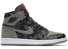 Buy and sell authentic Jordan 1 Retro High Camo Shadow shoes and thousands of other Jordan sneakers with price data and release dates. High Top Sneakers, Sneakers Mode, Best Sneakers, Sneakers Fashion, Shoes Sneakers, Air Jordan Retro, Nike Shoes Air Force, Air Jordan Shoes, Camo Jordans