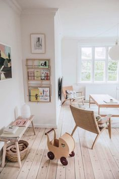 The White Room: Miriam & Morten's Amager House Clean and natural styled kids playroom. Love the minimalism! Kids Bedroom Boys, Kid Playroom, Kid Bedrooms, Living Room Playroom, Children Playroom, Playroom Design, Playroom Decor, Playroom Ideas, Teen Bedroom