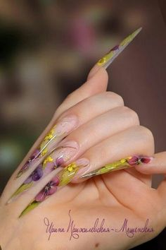 #stiletto #nailart #nails - Repinned by www.naildesignshop.nl