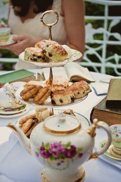 Scones & Tea Time