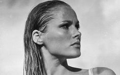 """icon, a hairstyle: Ursula Andress' """"wet-look"""""""