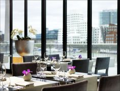 Enjoy the seasons while savoring numerous culinary highlights in #HyattRegency #Dusseldorf 's #DOX Restaurant with a stunning view to #RhineRiver and #MediaHarbour. #hyattdusseldorf #hyattdüsseldorf