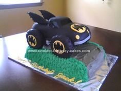 Homemade Batman Monster Truck Cake: One of my student's parents asked if I would decorate a cake for his birthday. He loves monster trucks. I used the Wilton cruiser car and cut away some Mickey Birthday, Cars Birthday Parties, Cool Birthday Cakes, 2nd Birthday, Birthday Ideas, Monster Truck Party, Monster Trucks, My Little Pony Cake, Cakes For Boys