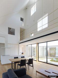 House in Sanbonmatsu // Hironaka Ogawa | Afflante.com