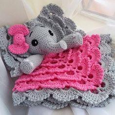 Diy Pillows Videos Black And White Crochet Elephant Pattern, Crochet Shoes Pattern, Crochet Baby Shoes, Crochet Patterns, Crochet Security Blanket, Crochet Lovey, Crochet Dolls, Blanket Crochet, Lovey Blanket