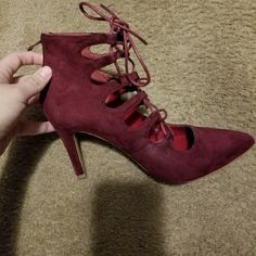 Burgundy heels used twice only...very comfy 7 1/2 size loved these but i have to clean up my closet sooooo lol
