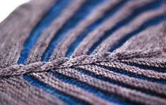 (via Ravelry: Eagle Twist pattern by Dennis Marquez)