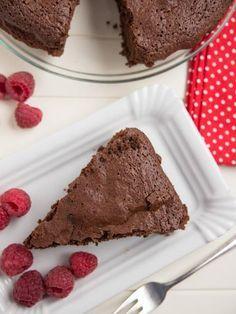 Moelleux au chocolat sans beurre (ni crème) : Recette de Moelleux au chocolat sans beurre (ni crème) - Marmiton