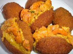 comida baiana! Acarajé... Essa só se sabe o verdadeiro sabor na Bahia.. Sou Baiana com muito amor!! humm