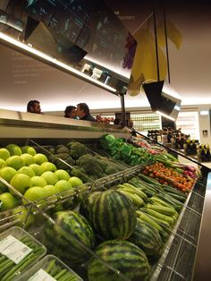 Carlo Ratti creates a digital supermarket at the Milan Expo 2015
