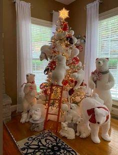 Polar Bear Christmas Decorations, Cute Christmas Tree, Christmas Tree Design, Christmas Tree Themes, Beautiful Christmas, Vintage Christmas, Christmas Holidays, Christmas Ornaments, Holiday Decor