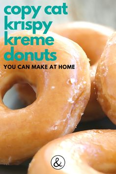 Copy Cat Krispy Kreme Donuts Recipe This Krispy Kreme donuts recipe is so good! I've included the glazed and sugar donut recipes. You probably already have the baking ingredients at home too. Easy Donut Recipe, Baked Donut Recipes, Fun Baking Recipes, Sweet Recipes, Cooking Recipes, Recipe For Donuts, Best Glazed Donut Recipe, College Food Recipes, Fluffy Donut Recipe
