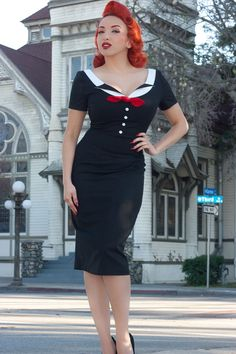 A beautifully tailored pinup dress which can be worn with or without the bow. This retro dress in black, white and red captures a nautical dress theme. From Pinup Empire Clothing. 50 Style Dresses, Pin Up Dresses, Dress Up, Swing Dress, Party Dresses, Fashion Dresses, Vintage Inspired Dresses, Vintage Dresses, Pin Up Kleidung