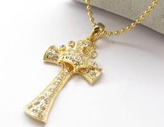 usd19.99/Cross And Crown Neckl..