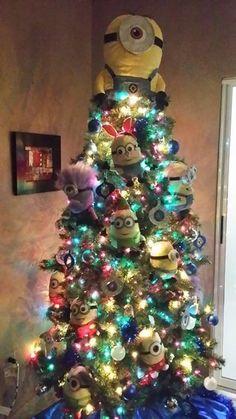 despicable me christmas tree minion christmas christmas holidays family christmas disney christmas - Minion Christmas Tree