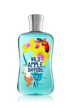 Wild apple daffodil shower gel from Bath & Body Works. Fabulous scent! Bath Body Works, Bath N Body, The Body Shop, Bath And Shower Products, Ultra Shea Body Cream, Body Cleanser, Bath And Bodyworks, Perfume, Body Lotions