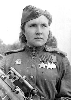 . Red Army Women .Best female snipers.Lyubov Makarova killed 84 fascists. After the war's end, she returned to Perm, her hometown.