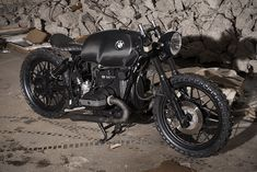 BMW R100S Black Baron by Relic Motorcycles 01