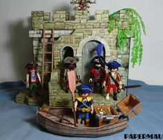 Creating A Medieval Stand Paper Model For Mini Figures - by Papermau Download Now!  Here is the Medieval Stand Paper Model For Mini Figures, ready for download! In the pictures above and below you see the model being used in combination with the Medieval Castle Facade.