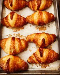 Fresh Croissants filled with Lemon Custard  @foiegraszie @fratelli_pizzeria #popsespresso #pelham #newrochelle #larchmont #ryebrook #mamaroneck #scarsdale #portchester #bronxville #eastchester #lohudfood #rivertowns #westchesterfood #westchestereats #restauranthunter #westchesternyeats