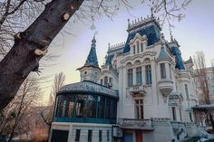 Kretzulescu Palace, the balcony, Bucharest, Romania by Cătălin Georgescu Victorian Architecture, Beautiful Architecture, Beautiful Buildings, Beautiful Homes, Classic Architecture, Abandoned Houses, Old Houses, European Home Decor, Second Empire