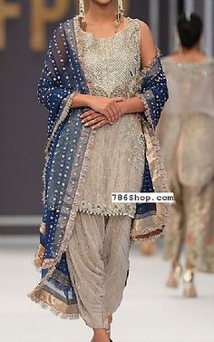 Buy Pakistani Designer Party Dresses online shopping from our collection of Indian Pakistani fancy Party wear fashion suits for USA, UK, Canada, Australia. Pakistani Dresses Online Shopping, Online Dress Shopping, Shopping Sites, Buy Dresses Online, Gowns Online, Designer Party Wear Dresses, Indian Designer Outfits, Indian Dresses, Indian Outfits