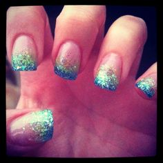 Summer nails .green and blue sparkle gradient