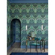 This bold & beautiful Bluebell Wallpaper by Cole and Son forms part of the new Botanical Botanica Collection and features a fretwork of wild field flowers in a sophisticated Art Nouveau style.
