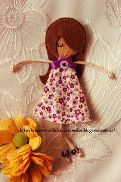 Quecas de Fieltro / Dolls felt Mod43 http://accesoriosdulcescaramelos.blogspot.com.es/search/label/Mu%C3%B1ecas%20%28Quecas%20de%20Fieltro%29