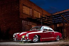 the Volkswagen Karmann Ghia Volkswagen Karmann Ghia, Vw T1, Volkswagen Bus, My Dream Car, Dream Cars, Design Autos, Hot Vw, Vw Classic, Classic Style
