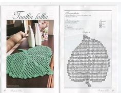 Kira scheme crochet: Scheme crochet no. Filet Crochet Charts, Crochet Motifs, Crochet Diagram, Crochet Doilies, Crochet Stitches, Crochet Leaves, Crochet Flowers, Doily Patterns, Crochet Patterns