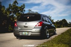 Nissan Tuning, Hatchbacks, Nissan Versa, Honda Fit, Love Car, Custom Trucks, Jdm, Old School, Infinity
