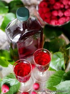 Irish Cream, Wine Decanter, Ketchup, Barware, Raspberry, Cocktails, Fruit, Cooking, Mandala
