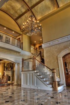 Just like the layout of my house!! Just a fancier version