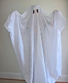 Ghost via: http://practicalmama.com/tag/childrens-costumes/