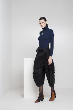 132 5 Issey Miyake Ready To Wear Fall Winter 2015 Paris - NOWFASHION