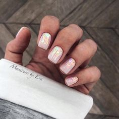 Important Things You Should Know About Acrylic Nails – NaiLovely Nail Manicure, Diy Nails, Cute Nails, Pretty Nails, Gel Pedicure, Cnd Shellac, Short Gel Nails, Diy Nail Designs, Gel Manicure Designs