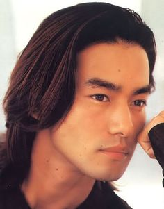 Used to be the exclusive territory for women, the 'crown' (pun intended) is now shared with men who also want to look good. Despite being biologically and culturally shorter and less voluminous than its counterpart's, men's hair is never deprived of style and vanity.