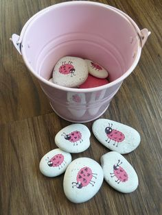 going to have the kids paint or color rocks for daddy's garden!! Craft one day!?! I think sooo!!