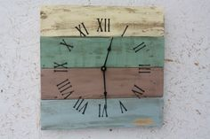 Pallet Wood Clock Beach House style...ReCycled by terrafirma79, $50.00