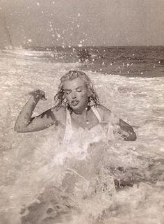 Marilyn Monroe by Sam Shaw, 1958