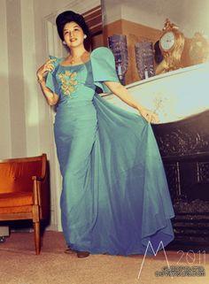 Imelda Romuáldez Marcos - Blue Terno (colored by GuddiPoland on DeviantArt) Filipiniana Dress, Filipino Fashion, Philippine Women, Filipina Beauty, The Wedding Singer, Ethnic Design, Celebrity Look, Vintage Glamour, Traditional Dresses