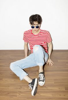 Red Sea Moda Grunge, Moda Converse, Moda Retro, Streetwear, Korean Fashion Men, Estilo Retro, Moda Fashion, Style Guides, Menswear