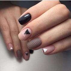 Looking for easy nail art ideas for short nails? Look no further here are are quick and easy nail art ideas for short nails. Classy Nails, Trendy Nails, Business Nails, Nagellack Design, Nailed It, Vintage Nails, Geometric Nail, Geometric Designs, Minimalist Nails