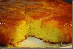 Ieri am cumparat mere pentru un dulce si nu eram hotarata ce sa fac.Initial am vrut sa fac Tarta Tatin,inventata de surorile Tatin in Franta la inceputul acestui secol,facuta cu aluat brisè.Insa doream ceva mai pufos,si am combinat o reteta de prajitura cu portocale cu aceasta tarta Tatin.Iata ce mi-a iesit: Ingrediente: 100 g unt … … Continue reading →