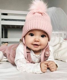 Cute Baby Girl Clothes Outfits Ideas - Home - Bebe So Cute Baby, Baby Kind, Pretty Baby, Adorable Babies, Beautiful Baby Girl, Funny Babies, Cute Babies Newborn, Cute Little Baby Girl, Cutest Babies
